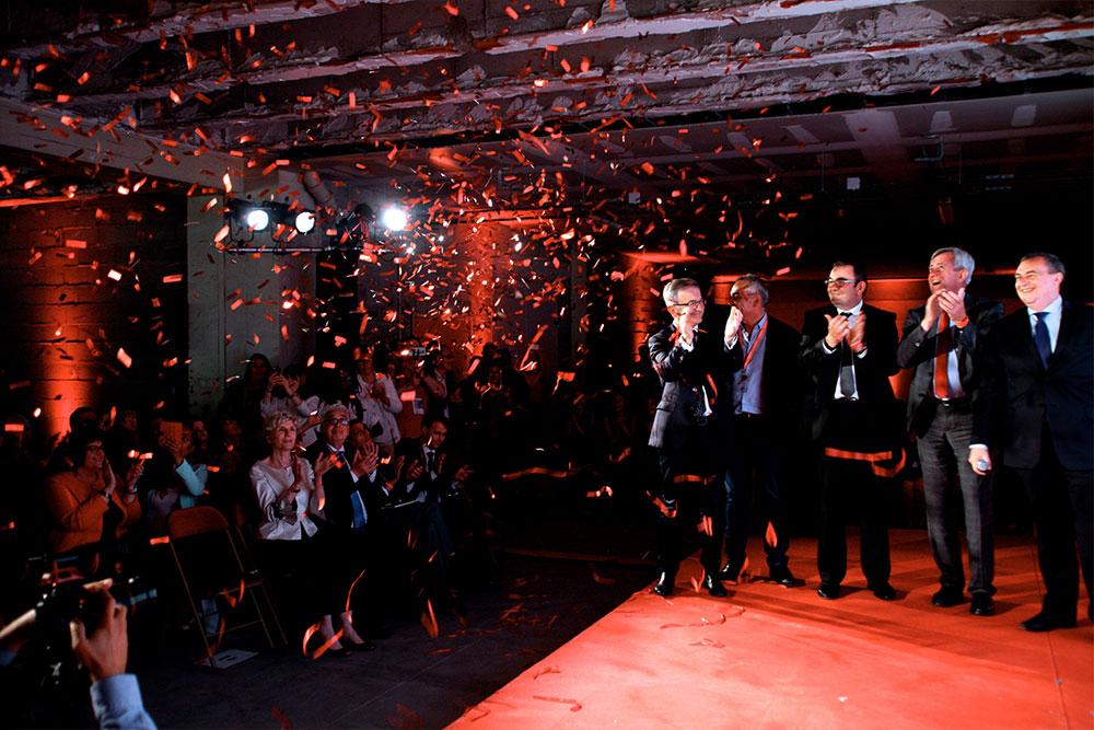 coupe du ruban virtuel, photo de l'inauguration du LAB'O